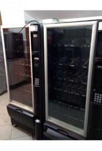 Снековый автомат necta snakky 6-30 б/у